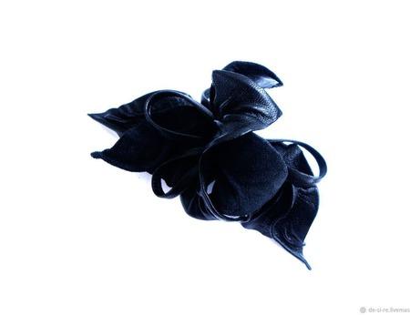 """Заколка автомат цветок для волос """"Черная Орхидея"""" черная кожа замша ручной работы на заказ"""