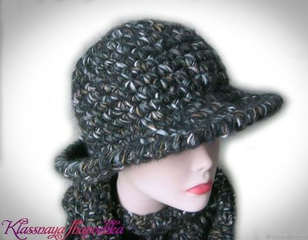Шляпа вязаная тёплая ручной работы на заказ