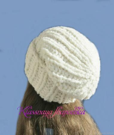 Вязаная шапка из толстой пряжи ручной работы на заказ