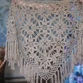 Декоративная шаль с бахромой