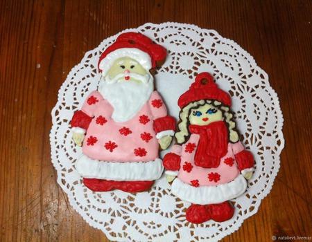 Пряник-подвеска Снегурочка ручной работы на заказ