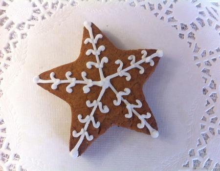 Пряник снежинка-звездочка новогодний расписной ручной работы на заказ