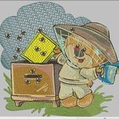 """Дизайн для вышивки """"Мишка пчеловод"""""""