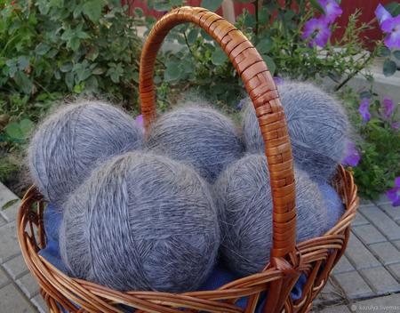 Пуховая пряжа ручного прядения - козий пух с коз придонской породы Д3 ручной работы на заказ