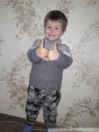 Детский вязаный свитер ручной работы на заказ