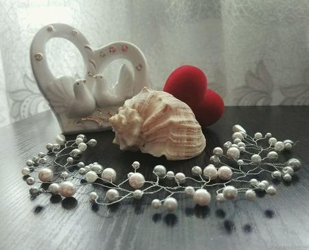 """Свадебное украшение в волосы """"Нежность жемчуга"""" ручной работы на заказ"""