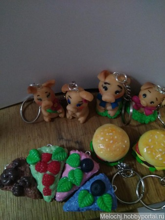 Брелочки- тортики ручной работы на заказ