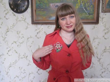 """Брошь """"Красный цветок"""" ручной работы на заказ"""