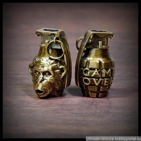 """Бусина """"Обезьяна с гранатой"""" для темляков или браслетов бронза ручной работы на заказ"""