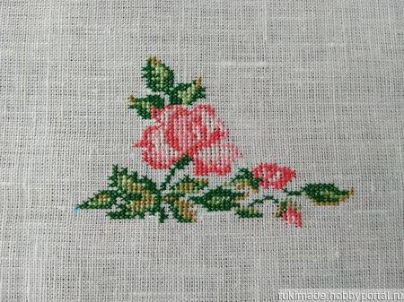Салфетка с угловой  розой ручной работы на заказ