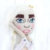 Принцесса текстильная кукла с вышитым лицом
