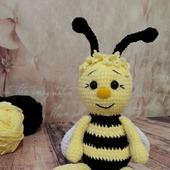 Пчёлка вязаная ручной работы
