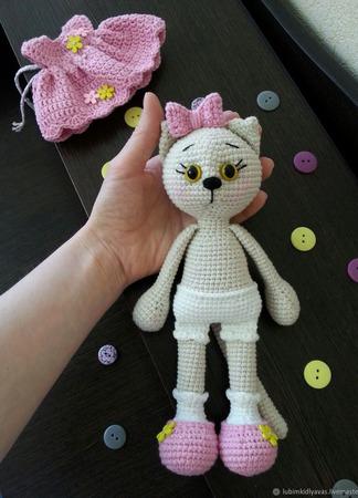 Кошка вязаная ручной работы ручной работы на заказ