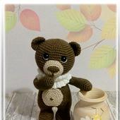 Медвежонок - игрушка вязаная