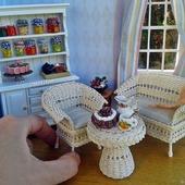 Кукольная миниатюра - Плетеная мебель для кукольного дома