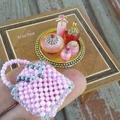 Флаконы для кукольного дома - кукольная миниатюра