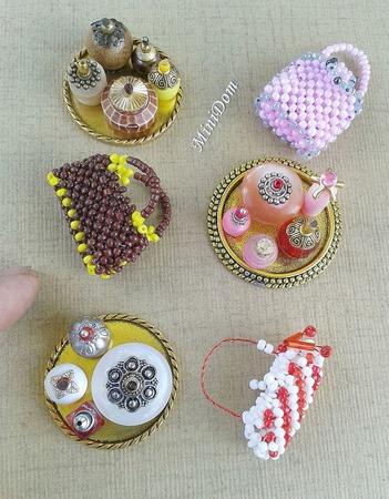 Флаконы для кукольного дома - кукольная миниатюра ручной работы на заказ