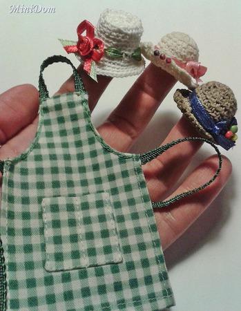 Цветочный прилавок для кукольной миниатюры -Аксессуары в кукольный дом ручной работы на заказ