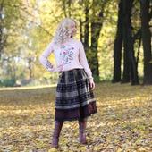 Шерстяная зимняя юбка миди