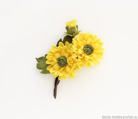 """Брошь с желтыми цветами """"Солнечная осень"""" ручной работы на заказ"""