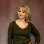 Пуловер в цветах бойскаут