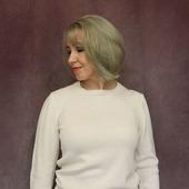 Джемпер теплого белого цвета