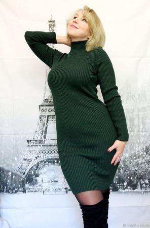 Платье- лапша зеленого цвета ручной работы на заказ