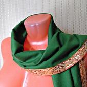 """Зеленый палантин ручной работы из ткани """"Лесная сказка"""" модель 3"""