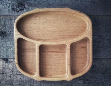"Деревянная тарелка ""Pearl"" ручной работы на заказ"