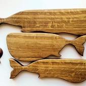 """Разделочные доски """"Стая китов и маленькая рыбка"""""""