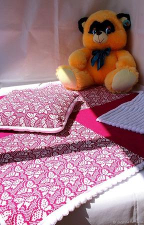 Комплект в коляску (кроватку) плед +подушка ручной работы на заказ