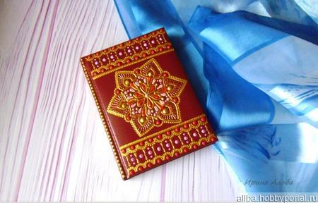 Ежедневник А6 точечная роспись бордовый ручной работы на заказ