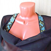 """Палантин ручной работы """"Голубые цветы"""" модель 1: рукодельные товары"""