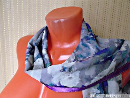 """Серый палантин ручной работы из ткани """"Очаровательные кляксы"""" модель 1 ручной работы на заказ"""