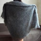 Пуховая шаль ручной вязки