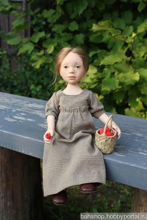 """Кукла из пластики """"Девочка с малиной"""" ручной работы на заказ"""