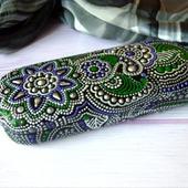 Футляр для очков серебряный мехенди точечная роспись