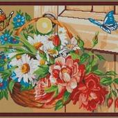"""Схема для вышивки крестом """"Корзина с цветами и бабочки"""""""