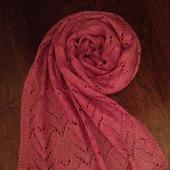 Вязаный ажурный шарф (палантин) из мохера