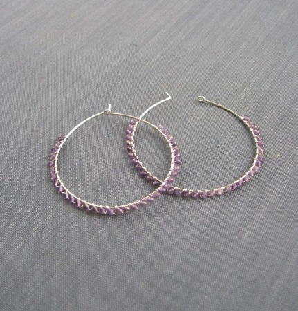"""Серьги-кольца """"Lilac"""" (45 мм) из серебра и аметиста ручной работы на заказ"""