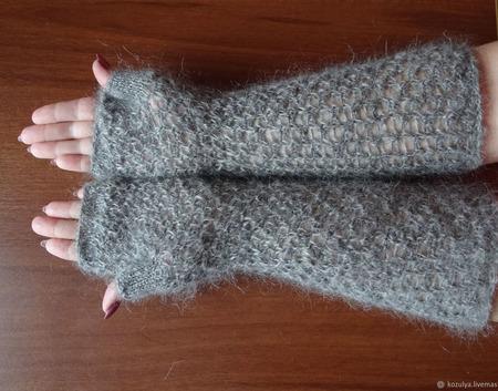 Митенки  длинные пуховые вязанные крючком ручной работы на заказ