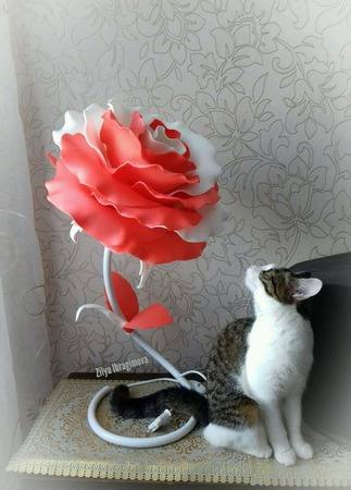Роза-светильник из изолона ручной работы на заказ