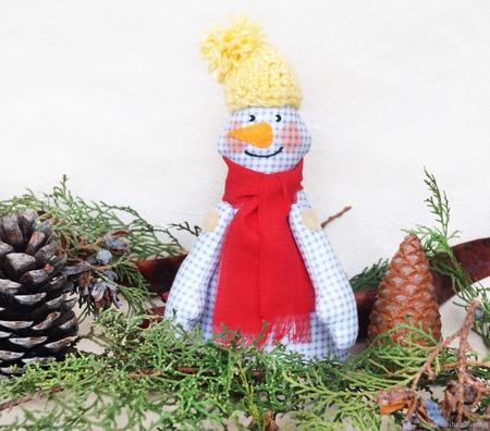 Снеговик 2019 интерьерная игрушка. Новогодний подарок 2019 ручной работы на заказ