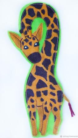 Закладка для книг из фетра Жираф по авторской выкройке ручной работы на заказ