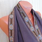 """Фиолетовый палантин ручной работы из ткани """"Ежевичная поляна"""""""