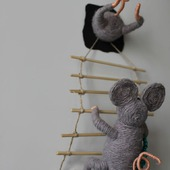 Сувенир на холодильник Мышки