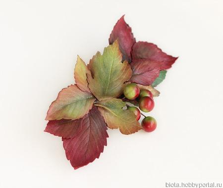 Заколка с осенними листьями и ягодами (2) ручной работы на заказ