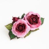 Заколка с розами розово-бордовая