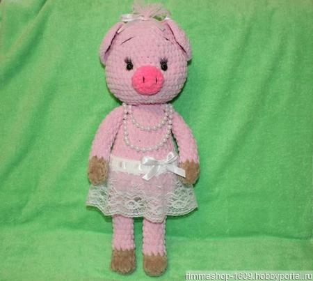 Вязаная свинка балеринка из плюша ручной работы на заказ