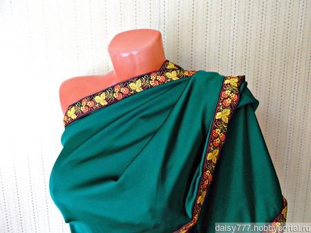 """Зеленый палантин ручной работы из ткани """"Земляничная поляна"""" модель 2 ручной работы на заказ"""